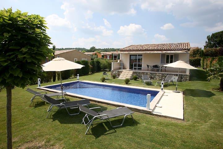 LuberonVilla avec piscine chauffée - Forcalquier - วิลล่า