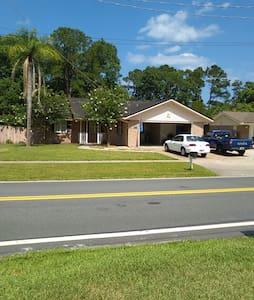 JACKSONVILLE BEACHES, & MAYO CLINIC - Jacksonville - House