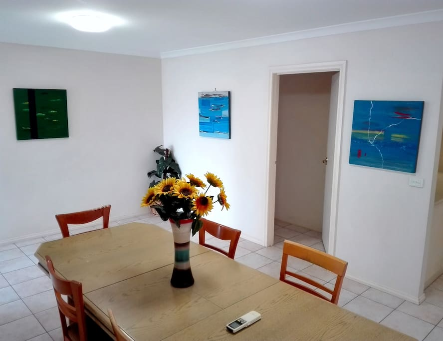 Dining area decorated with modern theme