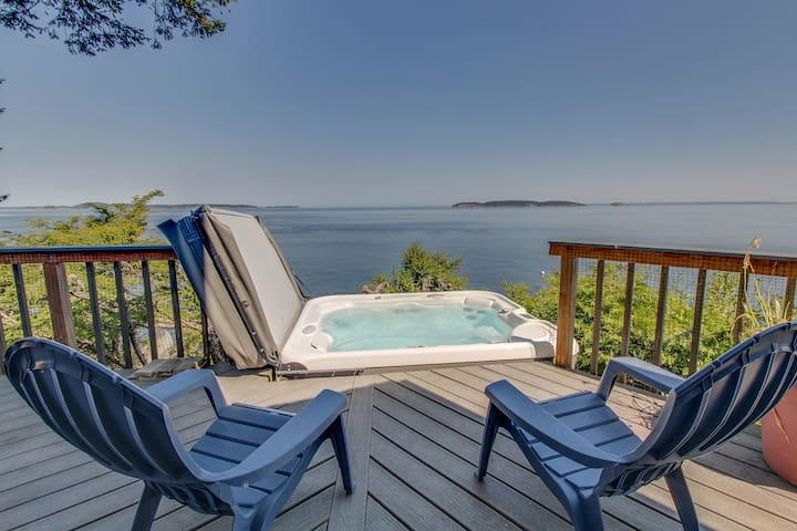 Dog-friendly, waterfront home w/ private hot tub & island views!