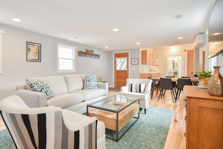 #116: FULLY Renovated, Commercial St Location, Private Patio, Dog Friendly!