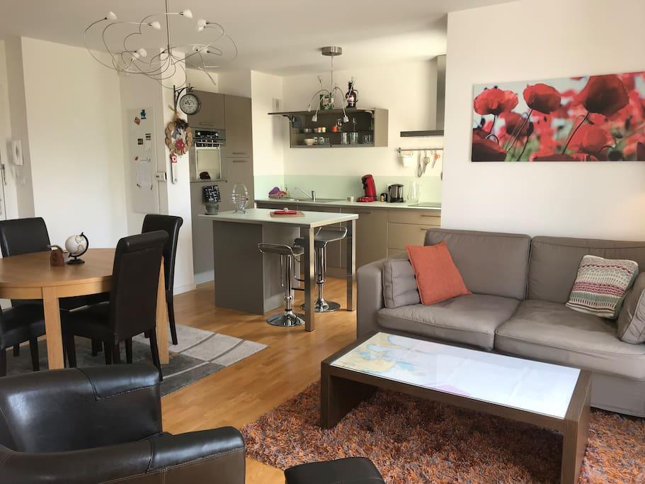 appartement en bord de plage appartements en r sidence louer crozon bretagne france. Black Bedroom Furniture Sets. Home Design Ideas