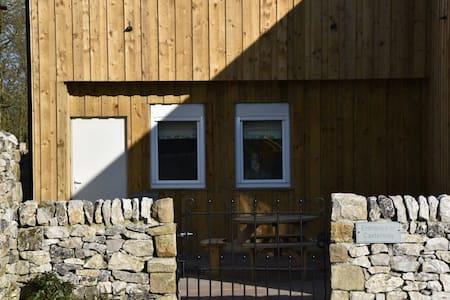 Sterndale Cottage.