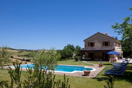 Stylish Villa with Pool close to Coast - Campanile - Villa