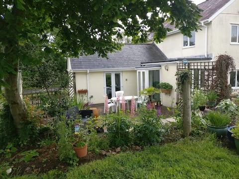 Veronica Cottage  - North Dorset, UK