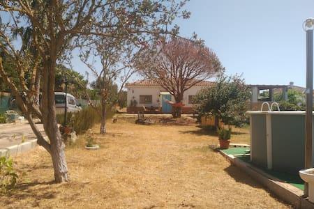 Casa de campo en la Costa de la Luz - Puerto Real - Chalé