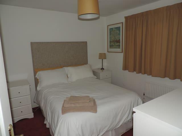2 White room - Excellent value for money