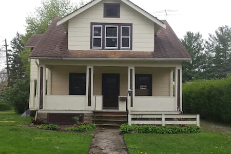 RNC - Home W-New Kitchen&Furnishing - Olmsted Falls - House
