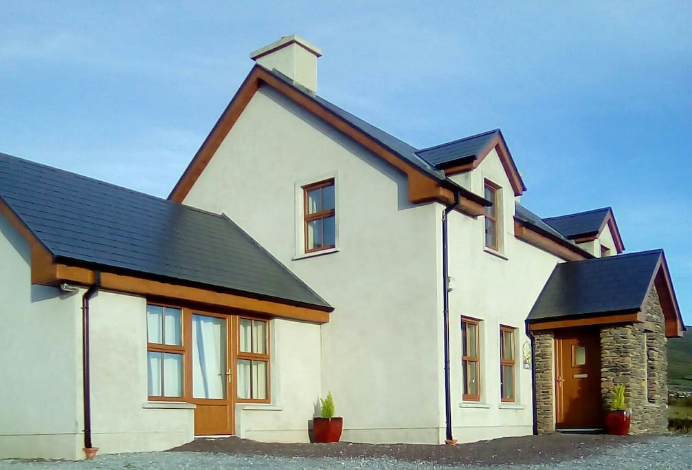 Newly completed house with room accommodation