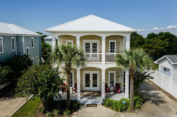 Luxury 7-Bedroom for Large Groups-Golf Cart-Pool