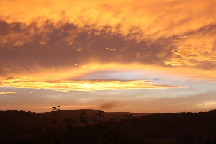 Romantischer Panoramablick im Biospärenreservat - Blieskastel