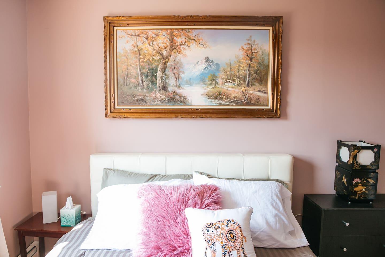 Memory foam mattress for a perfect night's sleep.