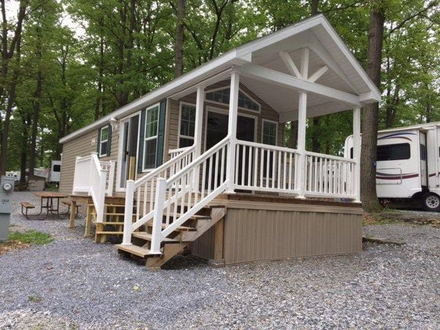 Tiny Cabin Rental