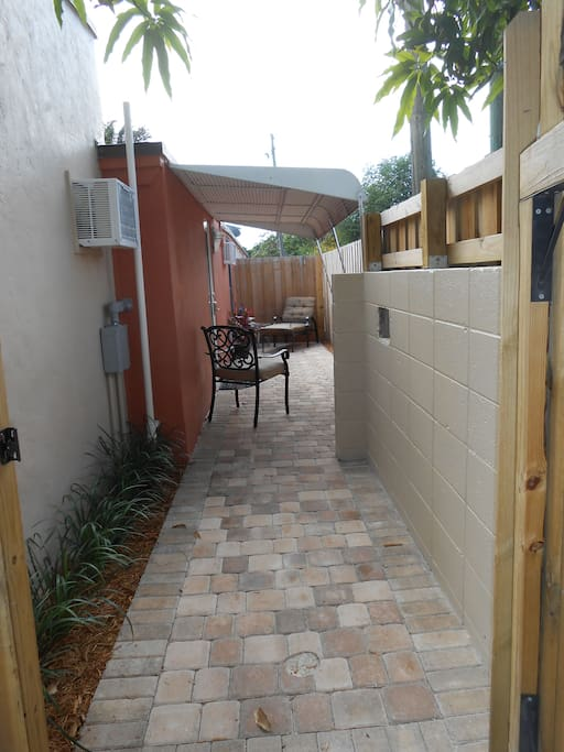 Your private patio / Entrance