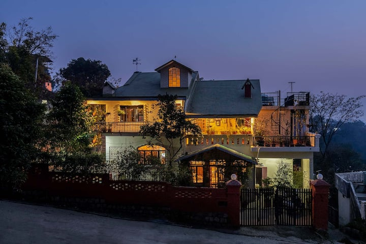 Gorayya Villa 4BR - DISINFECTED BEFORE EVERY STAY