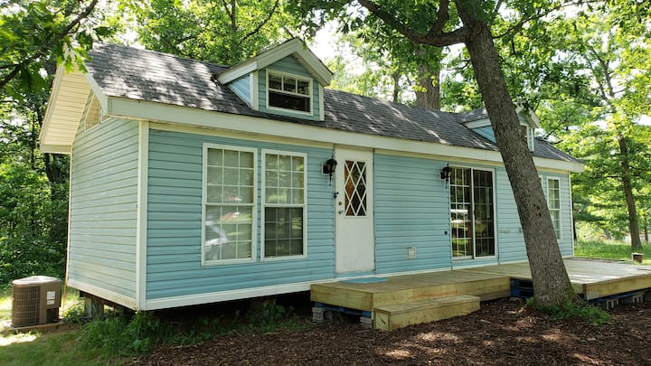 Blue Belle - Amazing Tiny House @ '100 Acre Woods'