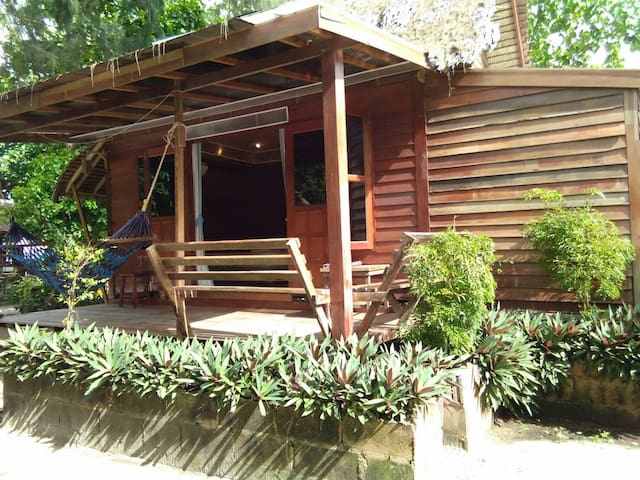 Family Bungalow Very Close to Beach Air Con