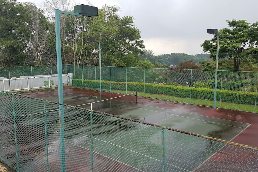 There is also a tennis court for the guest to play