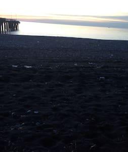 Аппартаменты на берегу Черного моря - Sokhumi - Pis