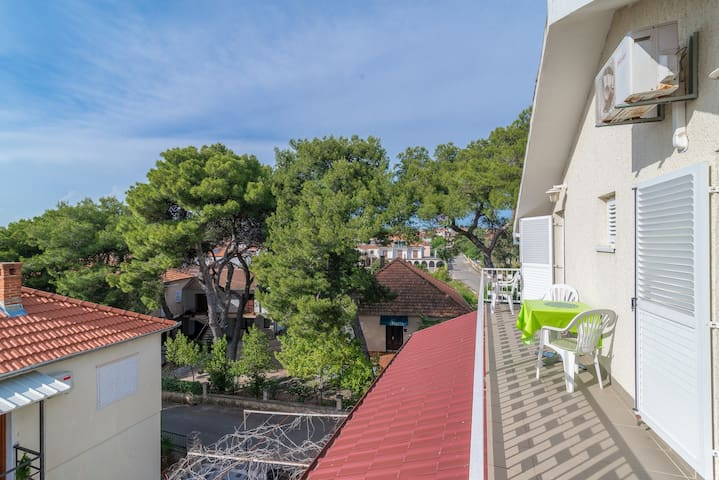 A-3 perfect location big balcony 200m to the beach