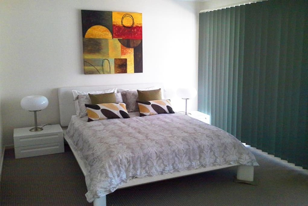 Sea Sanity boasts a master bedroom with ensuite, additional two bedrooms.