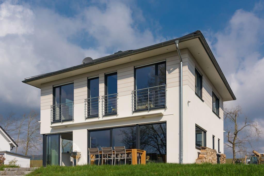 haus am see hohenfelden erfurt weimar h user zur miete in hohenfelden th ringen deutschland. Black Bedroom Furniture Sets. Home Design Ideas