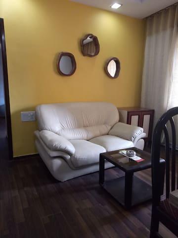 Cozy 1 bedroom in Andheri East