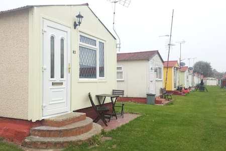 Leysdown-on-sea, Kent, UK - Leysdown-on-Sea - Chalet