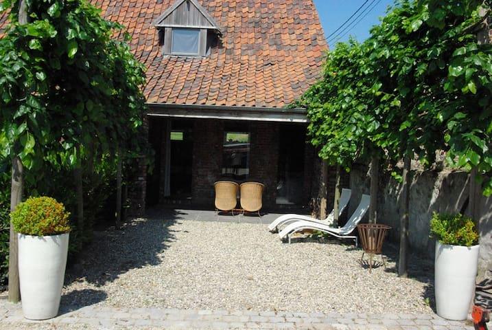 Chouette gite en pleine campagne près de Tournai - Tournai - Otros