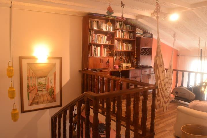 Casa con calor de hogar habitación2 - Calarcá, Quindío, CO - Bed & Breakfast