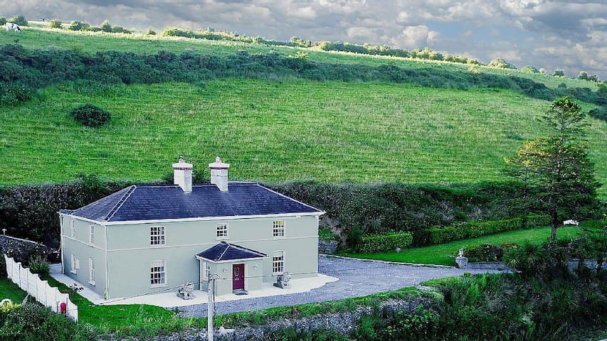 Georgian House, 15 Mins to Cork, Kinsale, Bandon - Co. Cork - Huis