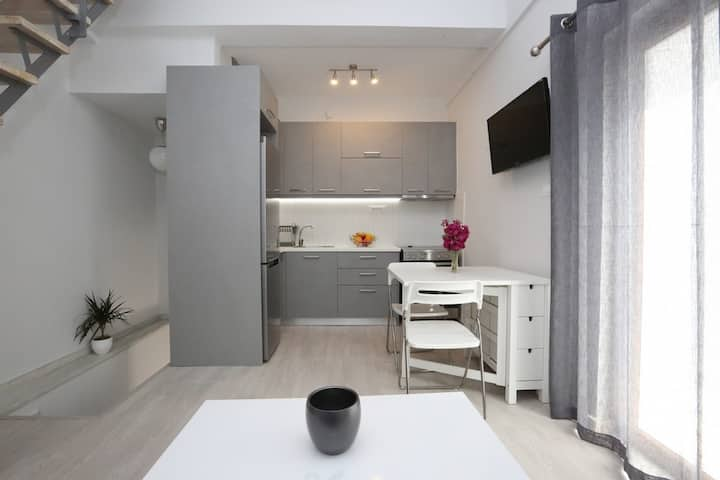 Central-Comfort-Small house in Syros