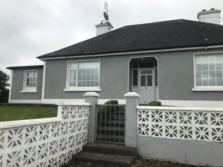 Longview House, 3 bedroom bungalow, sleeps 6