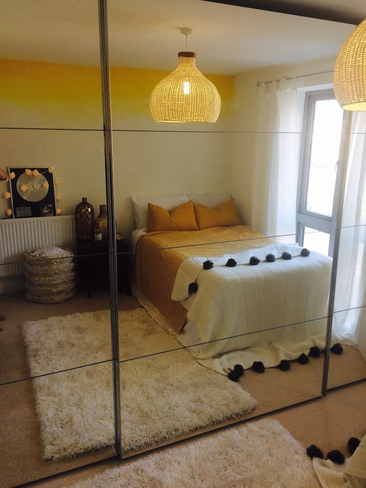 Large double stylist comfortable Room