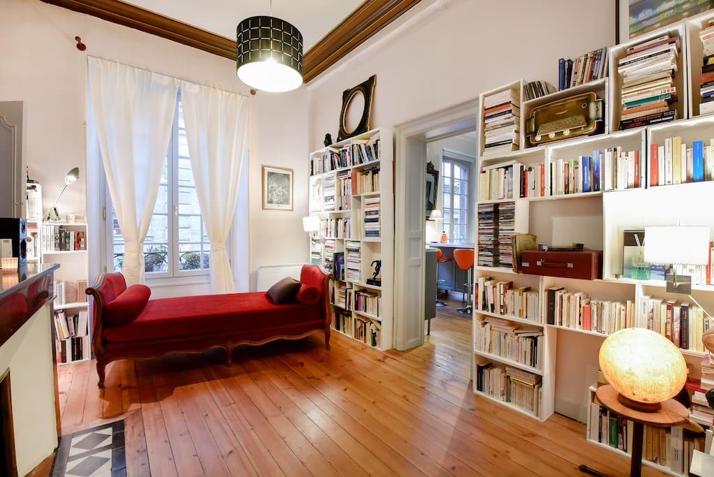 Appartement de 90m parking appartements louer for Appartement louer bordeaux