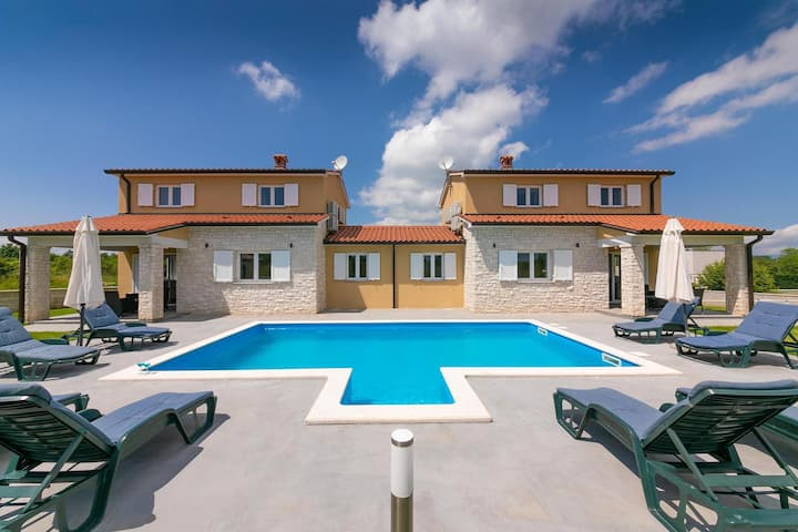 Modern and new Villa Istria Queen with pool