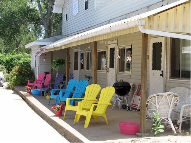 South Shore Beach House #1 - Erie - Appartement