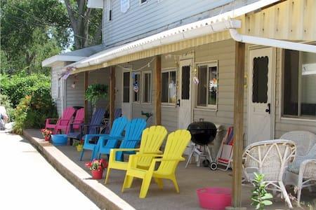 South Shore Beach House #1 - Erie - Apartamento