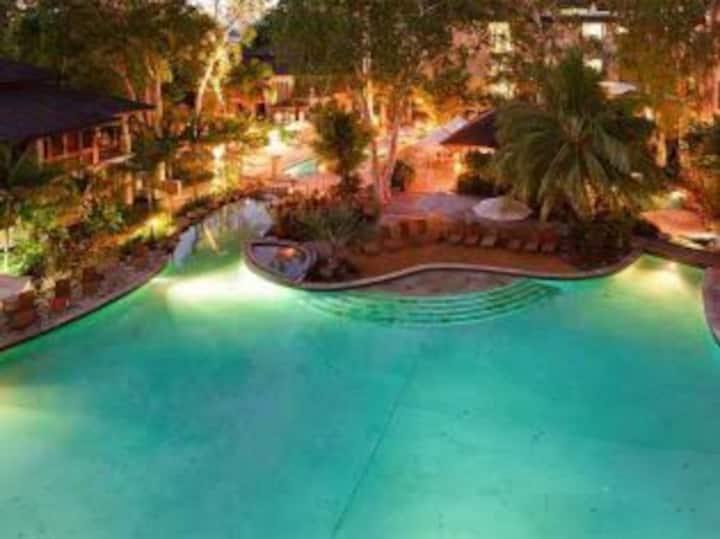 Luxury Apt Spa Studio 327: Sea Temple Resort & Spa