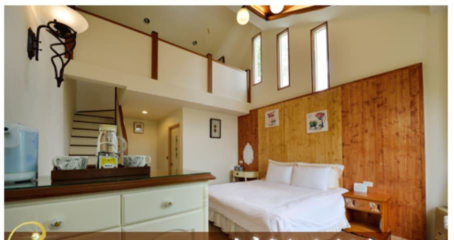 Cozy mezzanine for 4 in Cingjing