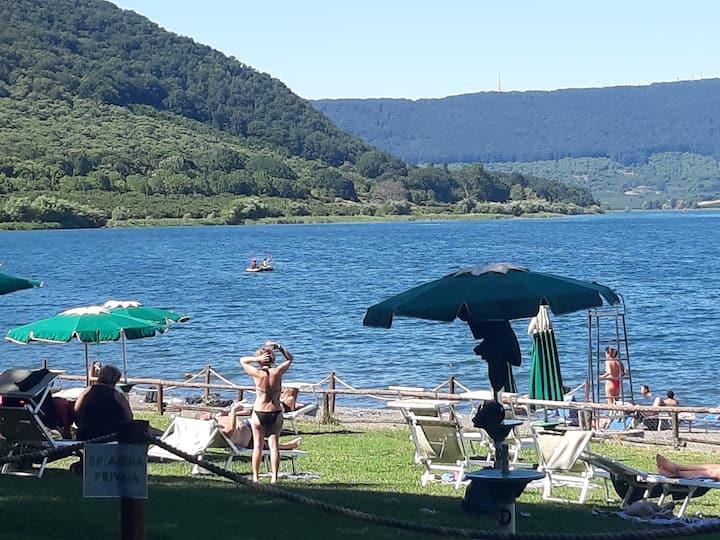 Un Lago  ti da serenità. ...ti aspettiamo