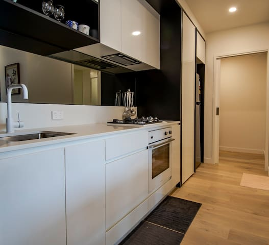 1001# 1BD Apartment close to Melbourne Central