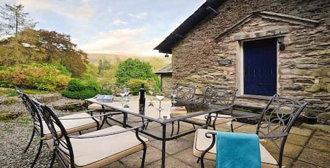 Beautiful Lakeland home, picturesque convenient location in Central Lake District