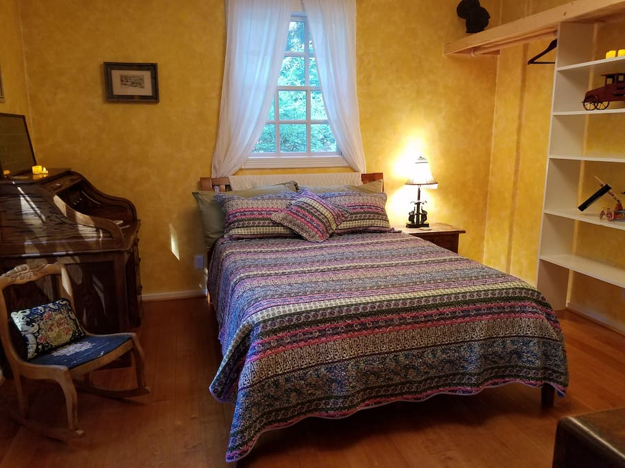 Enjoy this private room with a comfy Queen Sized Memory Foam bed