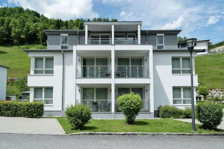 Apartamento moderno, con decoración de alta calidad en la conocida Kaprun