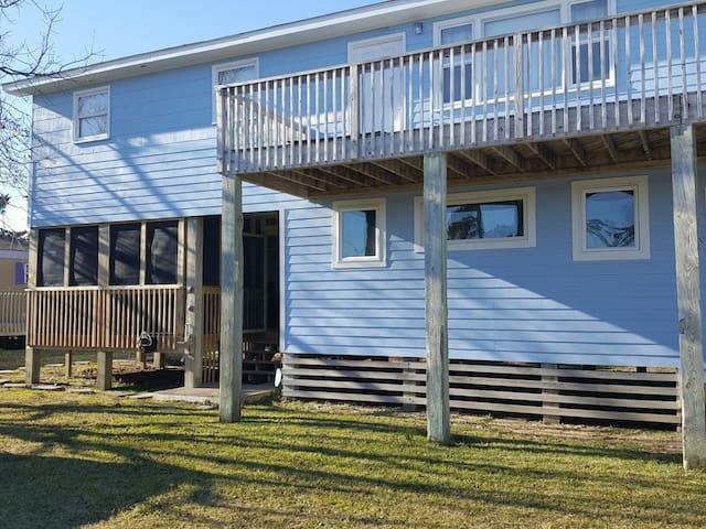 Hatteras Village Ocean Side Apartment
