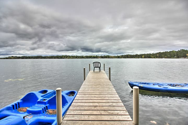 Loon Lake Lodge' w/ Dock, Sauna & Hot Tub!