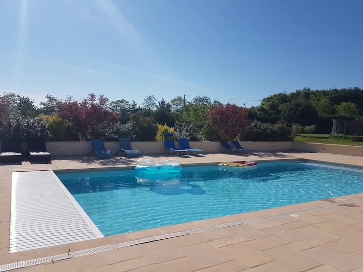 Tranquilité, bien être, piscine en lot et Garonne