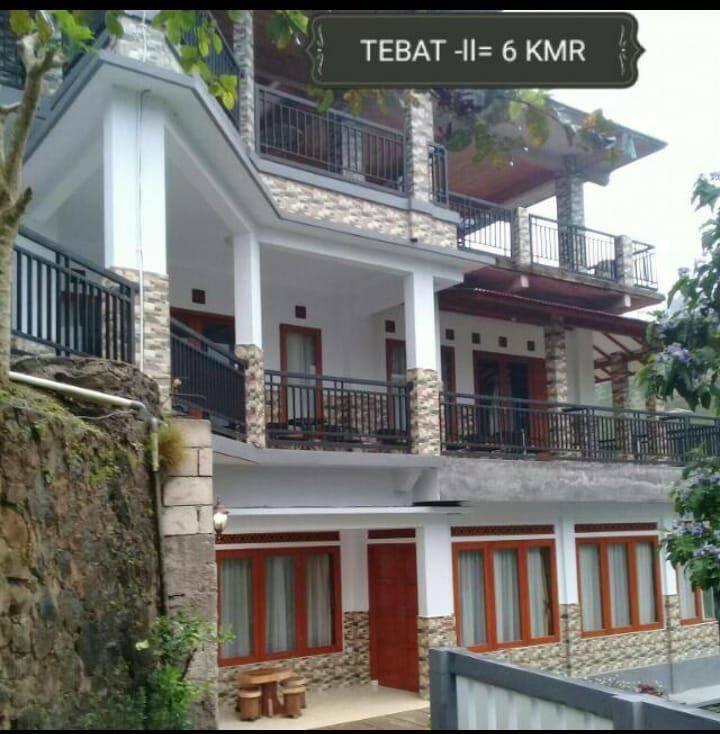 Villa Tebat Gunung