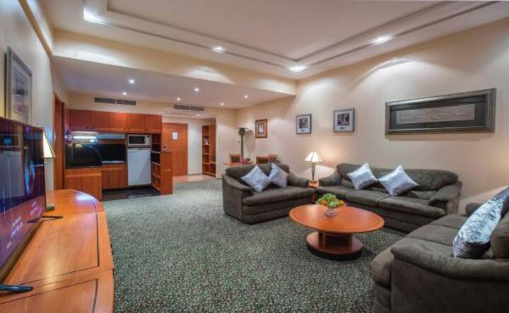 Two-Bedrooms Suite-Gulf Court Hotel